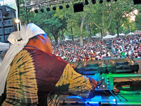 A DJ gets the crowd on its feet on Dance Day at Lincoln Park Music Festival