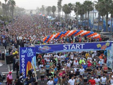 Huge turnout for the Surf City USA Marathon
