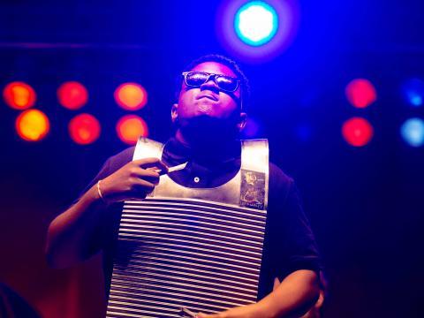 A performer at Festival International de Louisiane