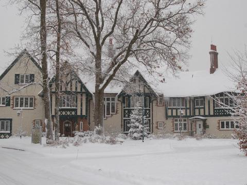 Kellogg Manor House ready for holiday guests