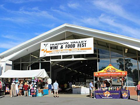 La atractiva entrada a Hudson Valley Food and Wine Fest